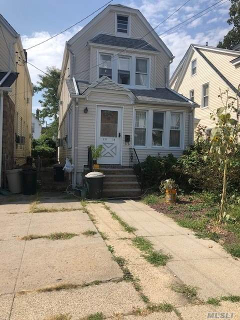 Detached 1 Family with Wide party drive, car can park side by side, 3 Bedroom and 1.5 Baths,  Close to all. Freshly painted, mature garden, nice hard wood floors.