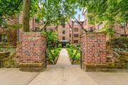 perfect Pied-a-terre ,  coop studio apt in the Tudor Building, located in the Historical Douglas manor area. close to shops, buses and LIRR... THIS IS A WALK UP.. NO ELEVATORS.......board approval required