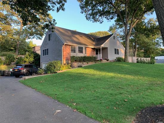 Stunning Home! Can be 3-4 Br's! Attic has Electric and Plbg! Gorgeous Kitchen w/granite! LR w/FPL! Huge Dining Rm! CAC! Andersen Windows Throughout! Hdwood Floors Throughout! Freshly painted! IGS! Large .34 ac Fenced Yard! 2 Car Garage! Huge Driveway! Parklike Setting! Must See! SD#11 Middle Country!
