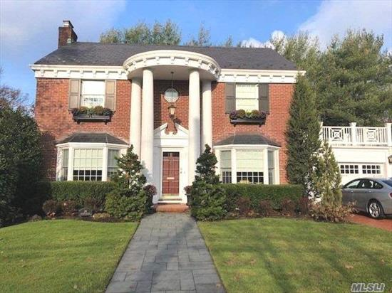 The Perfect Blend of Classic Architecture With Modern Function and Sophistication, This Grand Home Awaits Your Visit.Situated On One of Old Canterbury's Most Sought After Streets, This Solid Brick 3, 000 SQ FT Colonial Has Been Entirely Re-Engineered With Not an Expense Spared.Oversized LR & DR With Spectacular Moldings Throughout, Chef's Kitch W/All Viking Appl, Butler's Pantry, Great Room W/FPLC-Providing Ideal Floorplan for Entertaining.Mstr Suite W/2 WIC, 3 Large BR, Beautiful BA.Spectacular BSMNT