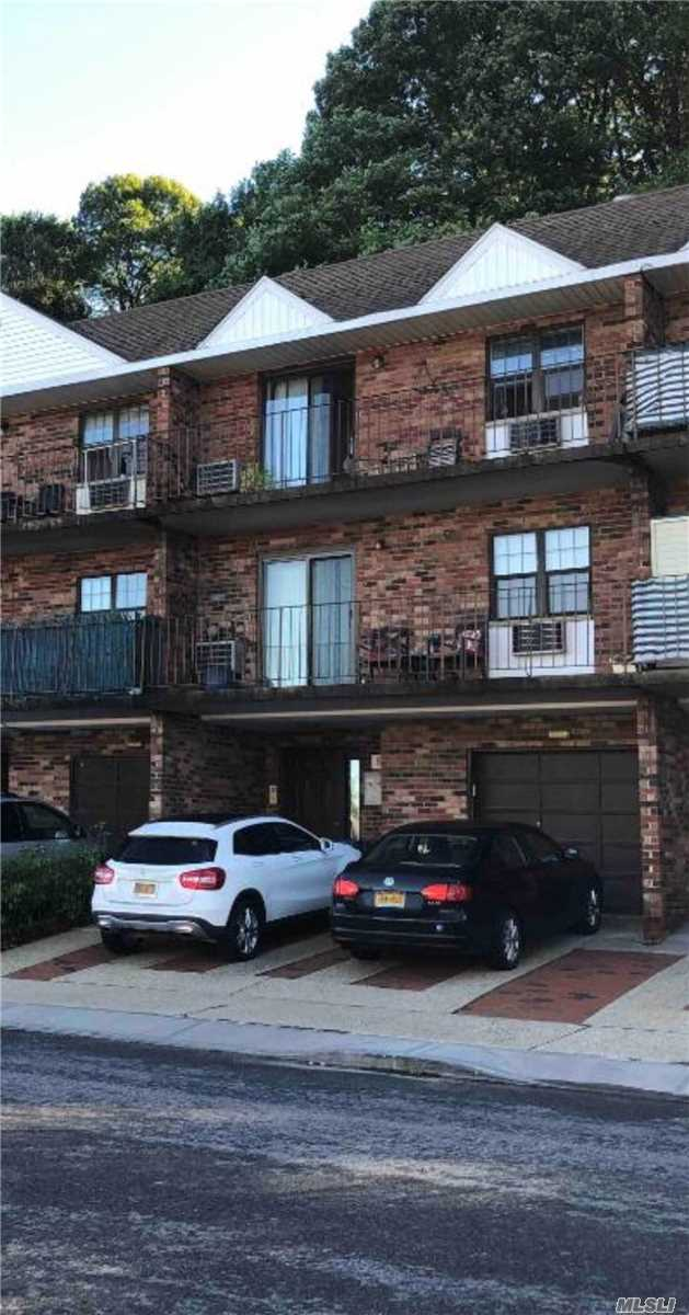 Completely Renovated 1 Bedroom with New appliances and a Balcony. This Apartment comes with 1 Parking Spot and Washer & Dryer in the basement. Close to Supermarket, Highway and to Q30, QM5, QM8, QM35 bus stops. A Must See!