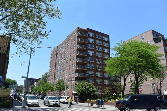 Fully Renovated 1 Bedroom on the 7th Floor, Sponsor Unit, Completely Newly Renovated, With Granite Countertops, Stainless Steel Appliances, Bathroom With Stand Up Shower, New Hardwood Floors Throughout The Apartment. Beautiful Apartment With Great View.