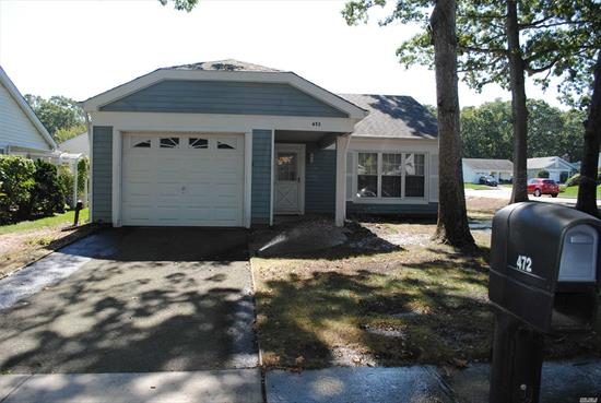 55+ Community Danbury model. This desirable corner property features newer appliances and enclosed porch. You have use of all amenities including inground pool, tennis courts, bus service, and club house. Come enjoy all that Leisure Knoll has to offer!