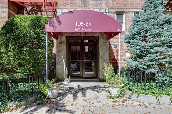 Perfect Starter! 1 Bedroom 1 Bath Coop in Prime Forest Hills Location. Close to Schools, Shops and Transportation. Freshly Painted, Oak FLoors, Pet Friendly, Low Maintenance of $714.78 Includes All Except Electric.