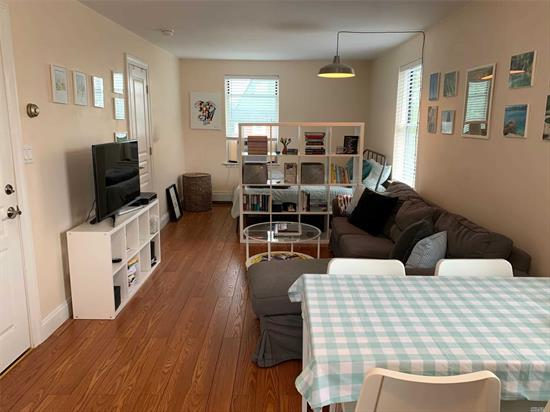 Great sunlit studio, upstairs apartment. Clean and with great closet space. $1350/month includes all utilities! Easy access to main roads. Nov. 1 move-in. Tenant pays broker commission (10% annual rent).