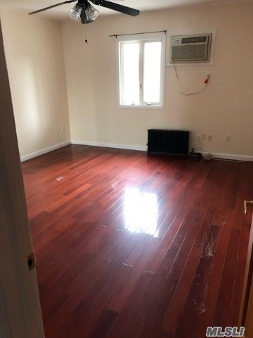 first floor unit excellent condition, close to transportation, shopping and schools