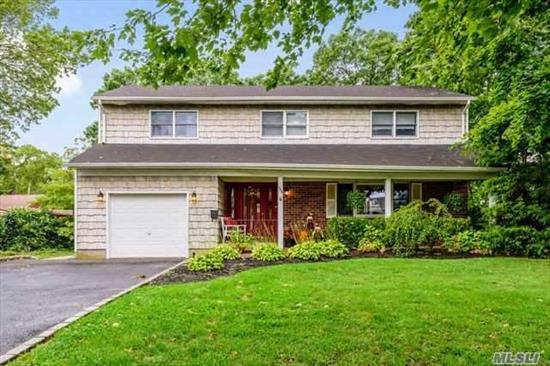 Expansive Colonial in the Village. Welcoming Front Porch, Spacious Backyard And Gleaming Hardwood Floors In The Formal Living Room And Dining Room Are Just A Few Features Of This Home. Boasting Master Bedroom With En-Suite Full Bathroom, 3 Additional Bedrooms And Another Full Bathroom. Don't Miss Your Opportunity To Live In This beautiful Brightwaters Village And Enjoy Its Many Amenities.