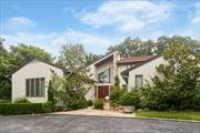 Magnificent 'B' Model On Approx 1/2 Acre With Master Suite On Main Level. Modern Custom Spacious Eik W/Top Of The Line Appliances, New Baths, All New Moldings, And Hw Flrs. Spacious Lr/Dr. W/Fpl, O'size Family Rm W/Bar. Gated Community With Pool, Tennis, Club House & 24-Hour Security. Easy Access To Community And School. Rare Opportunity, This Won't Last!