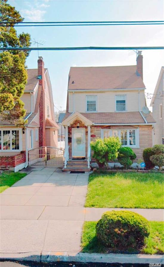 House Is Move in Condition, This home has solar panels that were installed in 2019 and has 15 years remaining on the solar tax abatement. Solar Panel Each Month $100 Plus $18 a month of Electrical Bill. One And Half Garage, Pvt Driveway. Hard Wood Floor. The House Near By Queens Library & LIRR & Bus Q 27. & Shopping & Restaurant.
