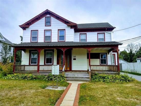 Studio Apartment For Rent in the Heart of Patchogue Village. Close to Town, Railroad, Parks, Great South Bay Ferry & More.