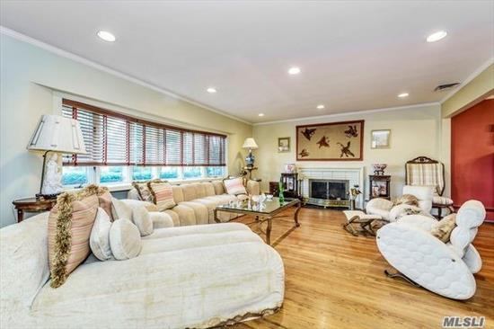 Fabulous and spacious Split Home on a VERY quiet residential street. This is home. Lynbrook schools. Near All., yet secluded. Tremendous Living Room w/ fireplace. Lg. Bedrooms. MUST SEE THIS HOME!! NEW CAC, NEW ROOF, GUTTERS & LEADERS. HARDWOOD FLOORS. ATTIC STORAGE. 2 CAR HEATED GARAGE!! LOW TAXES!!