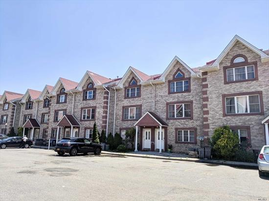 Great Townhouse In College Point, 1 Floor, About 900 Sqft, 2 Bedroom And 1 Full Bath With A Balcony In Each Room, Washer And Dryer In The Building. Parking Is Included . Walk To Park And Q25/65 Bus Stops. 25 School District W Ps 129 & Jhs 194.