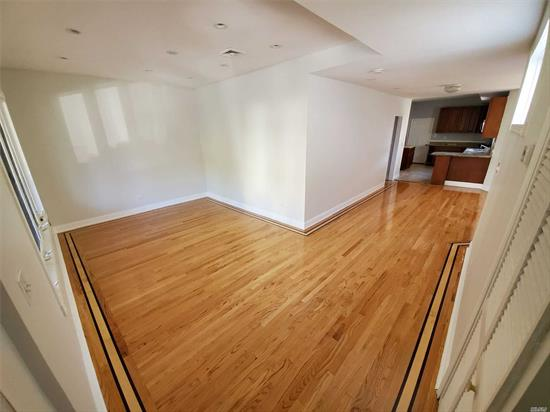 Lovely 3 bedrooms and 1.5 Bath apartment located on the first floor. Parking Available For an additional $150.00.