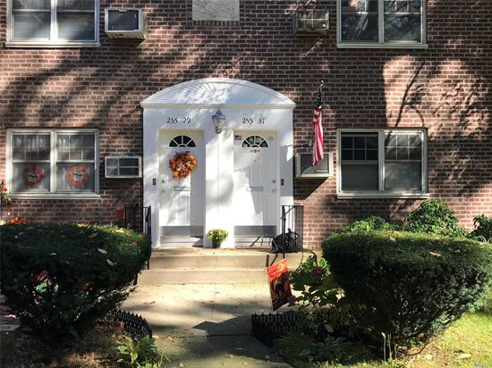 Large corner 1Br upper unit with attic. Maintenance includes all utilities. No flip tax and up to 2 parking passes included. Maintenance includes taxes and 2 ACs.