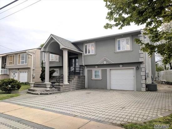 Beautiful Hi Ranch in sought after South Merrick with wide open water views!! Excellent opportunity to make inside exactly what you want and turn this house into the home of your dreams! Don't miss it!