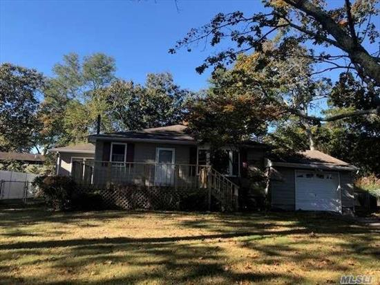 Mint condition ranch completely renovated with winter water views. Kitchen brand new and renovated with lively Florida room off of the kitchen.