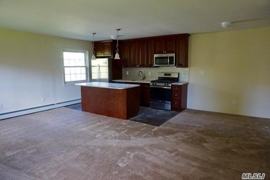Diamond and spacious large 3 Bedroom apartment. 2 Full baths, totally renovated, A MUST SEE!!! HEAT INCLUDED!! Enjoy Silver Cable package included in rent. Close to schools, hospitals and shopping. Convenient location. Freshly painted and beautiful renovation.