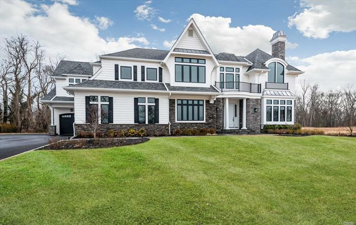 Don't miss this rare opportunity to own one of the last remaining homes at Oak Hill Ests.Located in prestigious Dix Hills, each home is thoughtfully designed w/attention to detail, elegant large-scale rms, & finest finishes.The design is chic&sophisticated, yet comfortable for today's lifestyle, Oak Hill is truly a level above.Set on 1acre home sites with room for pool&tennis.