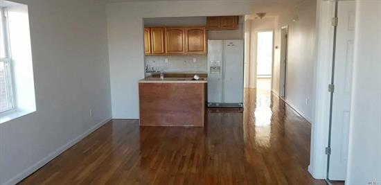 welcome to a fully renovated beautiful 3edroom and 2 full bath Apartment in Brooklyn . Near Park and transportation .