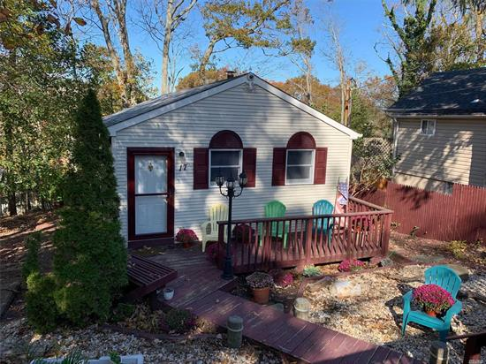 Diamond Ranch, huge EIK with Solid Maple Cabinets, updated bath, two bedrooms that were combined to make one large one but can be reverted back. Downstairs is a gorgeous space with large den, laundry, bedroom, full bath and outside door to yard. Possible MD with permits.
