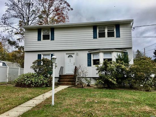 Immaculate, Immaculate, Immaculate 2 Bedroom, 1 Bath upper unit in Legal 2 with EIK with Dishwasher, Nice sized Rooms, Light & Bright. All potential tenants must fill out the NTN application at $20 per applicant over 18.