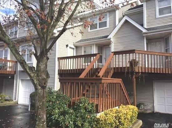 Updated 2Br/2.5bth with plenty of storage. SS appliances, granite counters, wood flooring downstairs, new carpets upstairs, Close proximity to pool and gym. All PJ Village amenities.