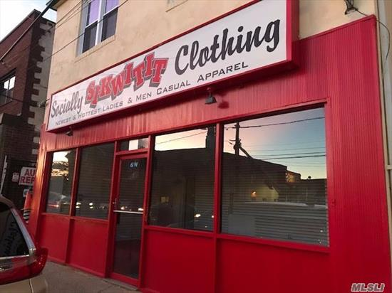Renovated Storefront for Rent. Heavy Traffic Area.over 24, 000 vehicles per day. Ideal Space For A Variety Of Businesses, such As Jewelry, Coffee Or Lunch Counter.Graphic Designer, Photographer, Sign Maker, WiFi Caf?, Retail, Pet Grooming, Clothing Boutique, Vape Shop, Bakery, Lawn and Gardening Service, Thrift Shop, Specialty Health Food. Average Household Income of $119, 953 in three miles Over 267, 000 residents in the three-mile trade area. Great Exposure Frontage OF 24 FEET!!