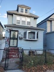 2 FAMILY COLONIAL IN S. OZONE PARK 3 BEDROOMS OVER 2 BEDROOMS 3 BATHS FULL FINISHED BASEMENT