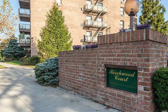A 2 Bedroom unit in Mineola, featuring an updated kitchen, 2 Baths, large rooms with dining room, large windows , hardwood floors, 2 A/C units, lots of closets, parking spot--close to everything!! a must see !!