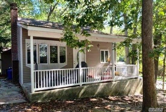 Looking for a great opportunity? Look no more! This property has tons of potential. This home has tons of character and charm. It's located close to main roads with easy access to local amenities. This property won't last. Occupied property, do not disturb the occupants