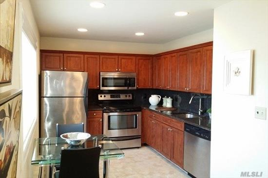 Deluxe, Air-Conditioned 1 Bedroom Apartments With Private Entry.Heat & Hot Water Included.Updated Kitchens W/ New Appliances Including Dishwasher. Some W/ Carpeting. Some W/ Wood Floors. Window Treatments.Laundry Facility.Near Lirr, Sunrise Hwy & Southern State Parkway.Close To Shopping