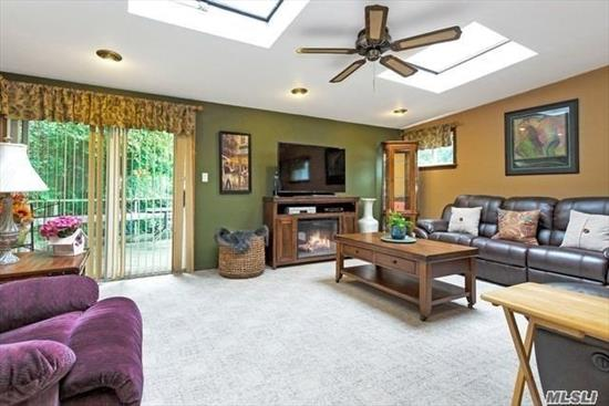 SD# 29 Expanded 10 room Wide line Hi Ranch. End of the block location! GAs Heating..Brick Wall fireplace..15x22  Top Level Family room, Eat In kitchen with Skylite, Family Room with skylites, Stainless appliances. In Ground Sprinklers...Aprox 2000ft Living Space. Great Home