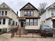 Excellent condition detached one family house with a full finished basement. Detached garage with private drive. PVC fencing and a beautiful back yard for entertaining. Full finished basement with a wet bar, new kitchen, new bathroom. Move right in to this lovely home.