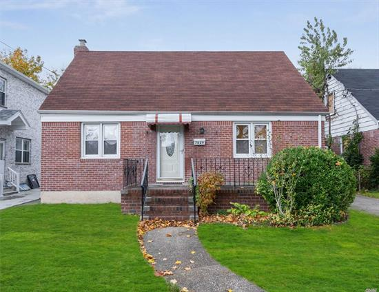 One Family Brick Home on 46x99 property located in prime location of Oakland Gardens, New Hyde Park Area, Queens. Taxes $7, 800. Investors or Builders Delight. Great investment opportunity for any buyer! This home has great potential for expansion. Needs TLC. Separate Laundry room on first floor, Large Eat-in-Kitchen With Skylight with exit to side yard. Separate entrance to the Basement. Private Multiple Car Driveway Leads to Lovely Large Back Yard. Lake Success Shopping Center & LA Fitness, Supermarket, Restaurants minutes away. Priced to Sell, Motivated owner, Won't Last!