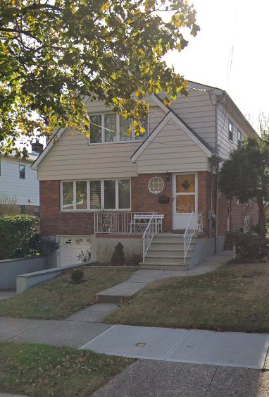 Lovely One Bedroom Apartment for Rent in Whitestone. Features a Living Room, Dining Room, Eat-In-Kitchen and Bath. Conveniently Located Near Shopping & Transportation.