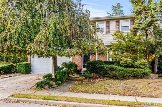 Location! Location! Location! Spacious Colonial in the heart of Cedarhurst. Features 4/5 Bedrooms, 2.5 baths, finished basement, main level den/fp, granite eat-in kitchen, CAC, gas heat, alarm, hardwood floors, New all.