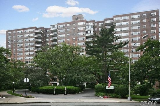 This Beautiful and Newly Painted One Bedroom Apartment Offers a Large Living Room with Dining Area, Galley Kitchen, Full Bath and 4 Spacious Closets. Located in the Glen Briar, a Full Service Co-Op in South Riverdale, the Building Offers a 24 hr Doorman, Bike Room, Gym and is Pet Friendly. Conveniently Located Near Shopping & Transportation.