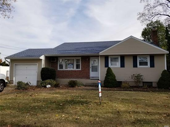 This front to back split with 3 bedrooms and 1 1/2 bathrooms in Farmingdale is ready for your finishing touches to make this your perfect home. This house will not last!