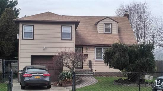 ******************Beautiful 5 Level Split Property With Updated Bathrooms One w/ Heated Floor and Updated Kitchen. 3 Good Size Bedrooms. Viessman Heating System and Much More. Walk To All, Near Hofstra University, Nassau Coliseum, Transportation, And Lots More.***********************