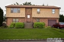 First Floor Apartment - Seperate Entrance- use of Yard 2 bedrooms full bath w/ EIK