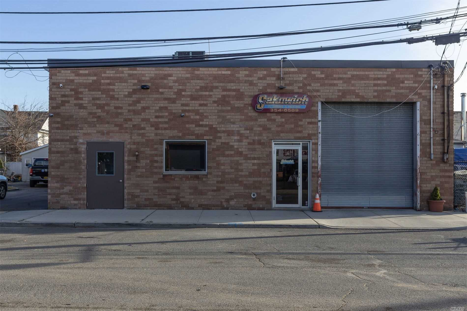 Totally Updated and Renovated Commerical Rental. This Rectangle Shaped Office Features A Large Open Space With A Reception Area, Conference Room, 2 Bathrooms, Hi-Hats, Drop Ceiling, New HVAC System And Double Freight Doors For Easy Delivery Access. Close To LIRR