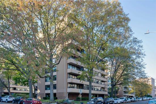LeHavre 2 bedroom co-op located in Beechhurst. Optimal opportunity to renovate to your design style. This apartment offers endless possibilities featuring an open floor plan, high floor, and a private balcony. Prime Location. LeHavre offers 2 outdoor inground pools, tennis, gym, & cafe. Convenient access to express bus (QM2) to Manhattan and local bus (Q15) to Flushing.