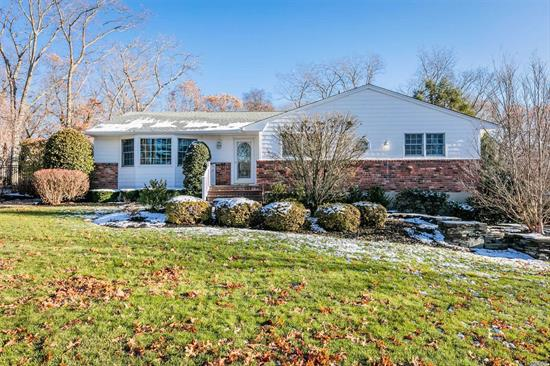 Say Yes To This Mint Sprawling Ranch Set On .40 Acre In The Desirable Somerset Woods Community. Amenities Include Updated Oak Kitchen Cabinets w/Corian Counter Tops, Renovated Tiled Bathrooms, Refinished Oak Floors, Brick Pavers, Skylite Den w/Gas Fireplace, Riello Burner, Hi-Hats, Private Yard w/ 16x24 Trex Deck & More. A Must See!