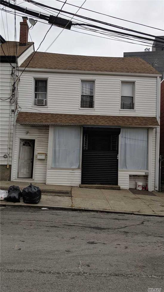 Newly renovated office space for rent! 1st Floor Very close to Queens Blvd and convenient for public transportation.