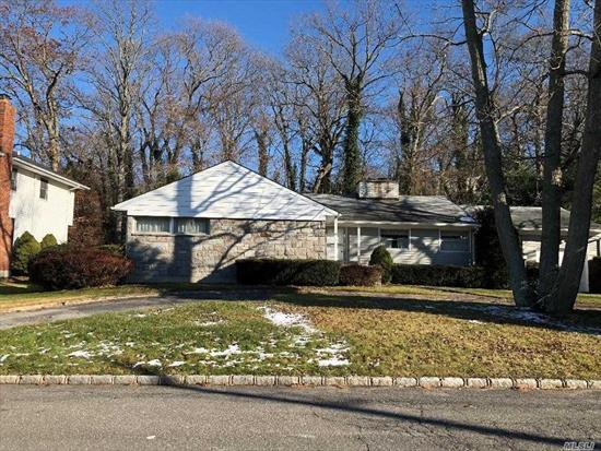 Calling all investors and builders! Half Acre Lot with home, home needs TLC. Syosset Schools- Walt Whitman Elementary, H B Thompson MS & Syosset High School! Bring this home on an oversized property back to it's original glory! Will NOT Last!!