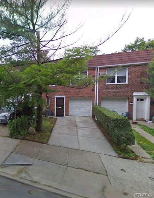 Newly Renovated 2 Bedroom Apartment For Rent In Ditmars - Steinway . Features Living Room/ Dining Room Combo, Eat In Kitchen & 1 Full Bathroom. Close To Shops And Transportation.