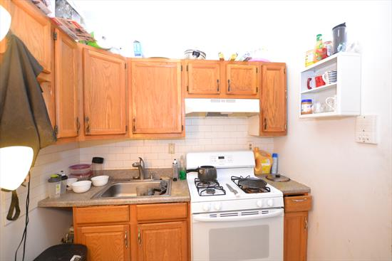 Affordable 2 separate bedroom apartment in Jersey City Heights. Hardwood Floors. Fee Paid!