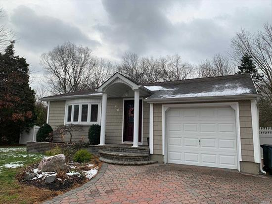 ***This splendid Ranch has 3 /bedrooms/ Dining Rooms/ 1 Full Bath, 1/2 Bath. a beautiful kitchen, wood floors through out the whole house. Full Finished Basement with an outside entrance. This a great starter Home!!1 Car Garage. In excellent condition.