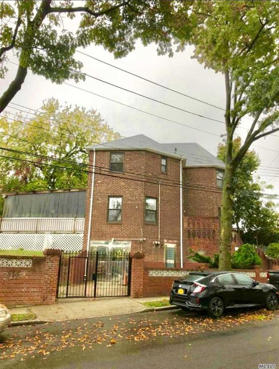 Location! Location! Location! Newly Updated Entire Detached Brick One Dwelling Next To Botanical Garden In Flushing. New Kitchen With Stainless Steel Appliances And Granite Counter Tops, Hardwood Floors, New Boiler, New Wiring, Slate Roof, Large Deck.