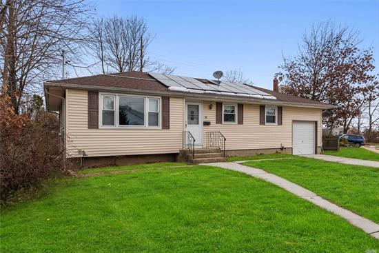 Fantastic starter home in Farmingdale!!!! 3 bedroom, 1 full updated bath. Home has attached garage, full finished basement. Newer windows, doors, roof and burner. Brand new Fridge and Stove